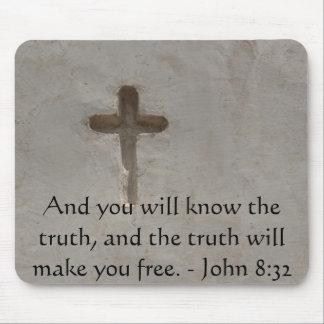 Inspirational Bible Verse TRUTH John 8:32 Mouse Pad