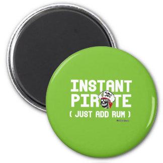 Instant Pirate 6 Cm Round Magnet