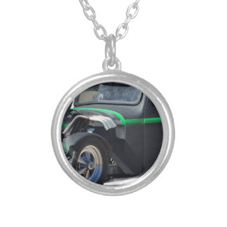 International PU Silver Plated Necklace