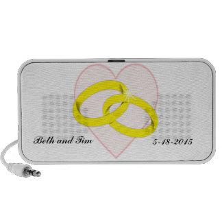 Intertwined Wedding Rings & Heart Mp3 Speakers