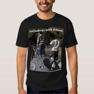 invisaboy: with friend tshirt