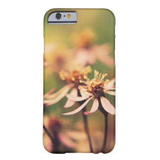 iPhone 6/6s case with beautiful macro flower