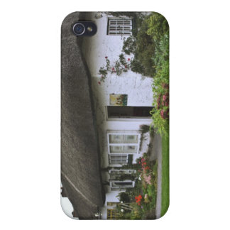 Ireland, Adare. Thatched-roof cottage iPhone 4/4S Covers