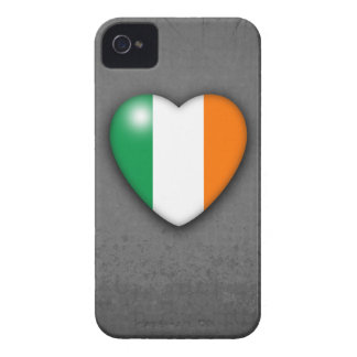 Ireland Heart Flag on Grey Grunge background iPhone 4 Cover