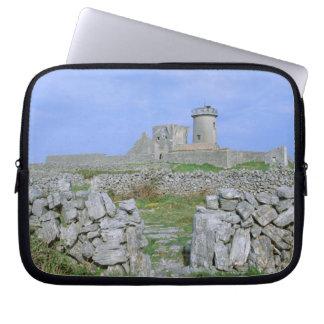 Ireland, Inishmore, Aran Island, Dun Aengus Fort Laptop Sleeve