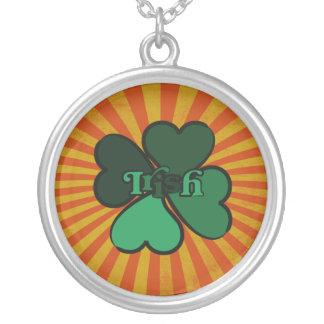 Irish 4 leaf clover round pendant necklace