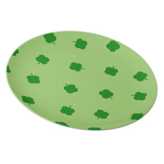 Irish Luck Four Leafed Clover on green plate