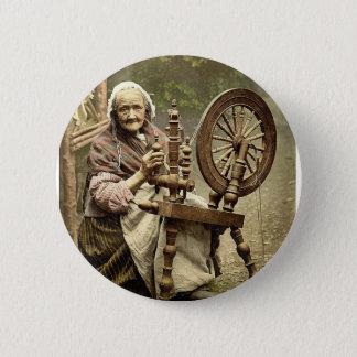 Irish Spinner and Spinning Wheel. Co. Galway, Irel 6 Cm Round Badge