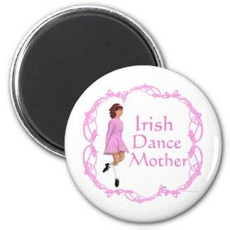 Irish Step Dance Mother - Pink 6 Cm Round Magnet