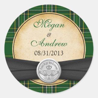 Irish Tartan Celtic Claddagh Lucky Wedding Classic Round Sticker
