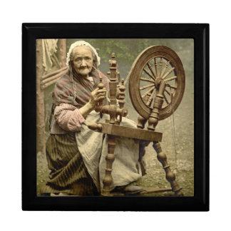 Irish Woman and Spinning Wheel 1890 Gift Box