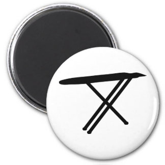 ironing board icon 6 cm round magnet
