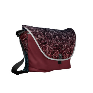 Irregular pattern messenger bag