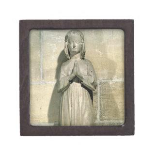 Isabelle of France (1292-1358) c.1304 (stone) Premium Trinket Boxes