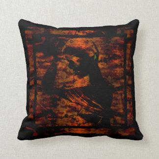 Isis Cushion