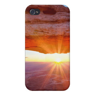 Island in the Sky Case For The iPhone 4
