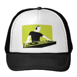 ist2_2745901-dj-headphone-turntable cap