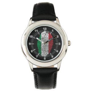 Italian touch fingerprint flag watch