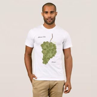 Italian Vine. Grapes T-Shirt