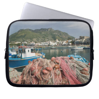 ITALY, Campania, (Bay of Naples), ISCHIA, FORIO: Laptop Sleeve