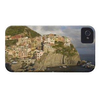 Italy, Cinque Terre, Manarola. Village on cliff. Case-Mate iPhone 4 Case