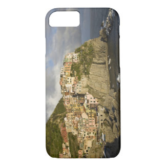 Italy, Cinque Terre, Manarola. Village on cliff. iPhone 8/7 Case