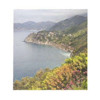 Italy. Coastal hiking area between the villages Notepad