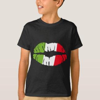 italy kiss T-Shirt