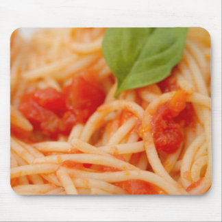 Italy, Orta, Lake Orta, spaghetti with tomato Mouse Mat