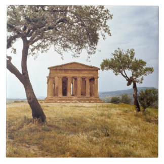 Italy, Sicily, Agrigento. The ruins of the 2 Tile