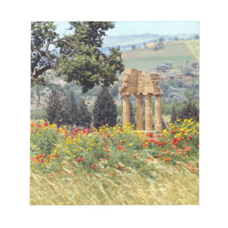 Italy, Sicily, Agrigento. The ruins of the Notepad