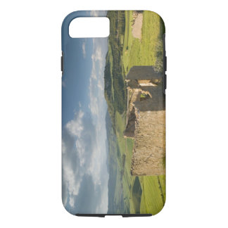 Italy, Sicily, Enna, Pergusa, Old Farmhouse iPhone 8/7 Case