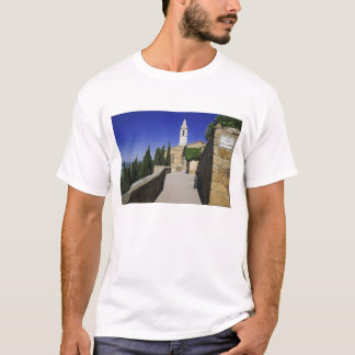 Italy, Tuscany, Pienza. Part of Via dell' T-Shirt
