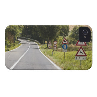 Italy. Tuscany. Val D'Orcia (Orcia Valley) 2 Case-Mate iPhone 4 Cases