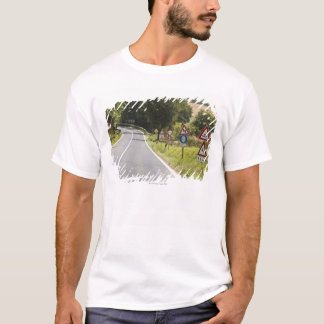 Italy. Tuscany. Val D'Orcia (Orcia Valley) 2 T-Shirt