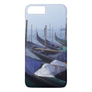 Italy, Venice. Gondolas. iPhone 8 Plus/7 Plus Case