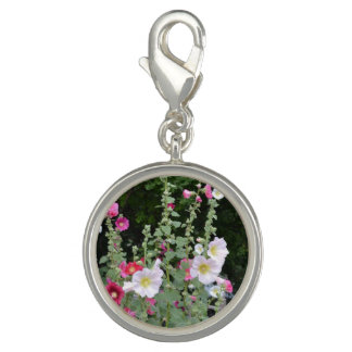 Items featuring scenes from a cottage garden