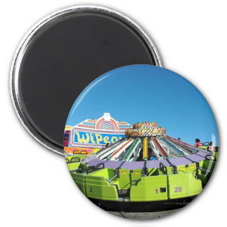 Its a UFO 6 Cm Round Magnet