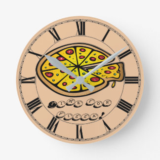 It's pizza time! Customizable Round Clock