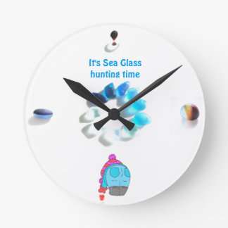 It's Sea Glass Hunting time... Round Clock