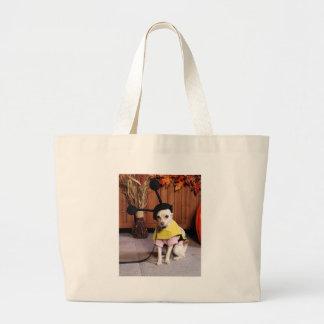Izzy - Cheagle - Bertroche Canvas Bag