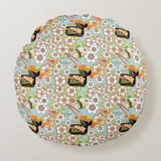 Japanese Food: Sushi Pattern 4 Round Cushion