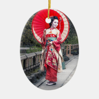 Japanese Geisha in Kyoto Ceramic Oval Decoration