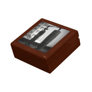 Japanese sculptures small square gift box