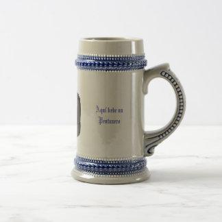 jarra cerveza Aquí bebe un Pentaxero Coffee Mug