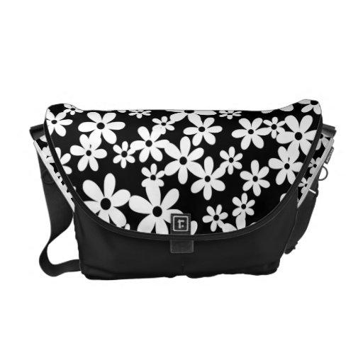 Jasmin floral messenger bag
