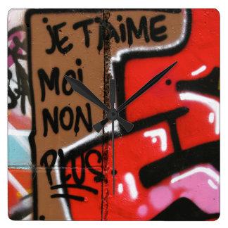 Je t'aime moi non plus - I love you, me neither Square Wall Clock