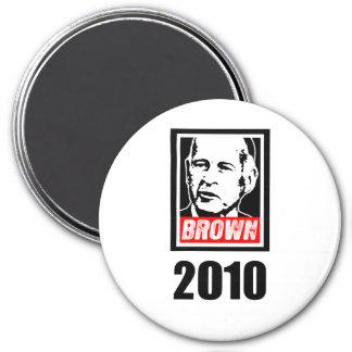 JERRY BROWN 2010 7.5 CM ROUND MAGNET