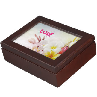 JESUS LOVE KEEPSAKE BOX