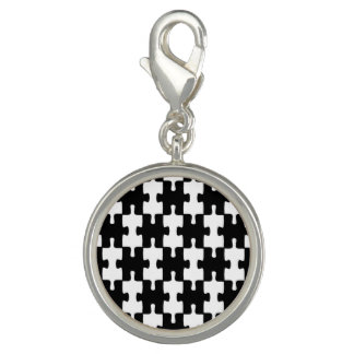 Jigsaw pattern black white charm